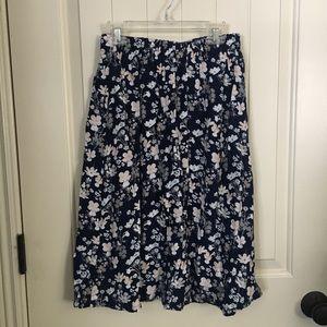 Dresses & Skirts - Floral skirt